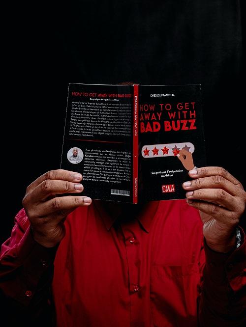Parution et conférence-dédicace du livre How To Get Away With Bad Buzz, par CHEDJOU KAMDEM